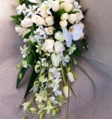floreria-cleo-toluca-ramo-con-rosas-orquideas-ramos-novia-compressor